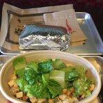 Mucho Burrito Queen St Foto