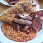 I normally go for the small breakfast but decided today for just £1 more to go for the large.