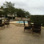 Terrasse petit déjeuner et piscine