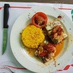 Très bon restaurant, cadre agréable, assiettes bien présentées et personnel à l'écoute... A fair