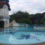 Hugh swimming pool with nice view