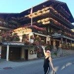 The flower-covered Hotel Gletschergarten