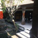 Photo de Kayu Sugih Guest House