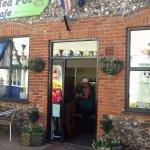 The Tea Pot Cafe
