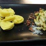 Bis Tortelloni burro e salvia più Passatelli in crema di asparagi