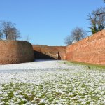 Le mura di Ferrara con la neve