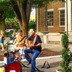 Music on the green at Franklin Mellow Mushroom