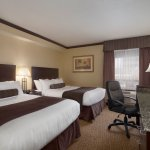 Days Inn & Suites by Wyndham Sault Ste. Marie on