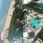 Photo de The St. Regis Bal Harbour Resort