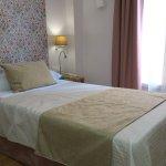 Photo de Hotel Comfort Dauro 2