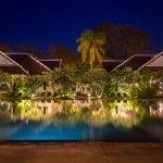 Villa: View by night