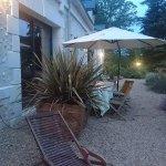 la terrasse commune accessible pour manger dehors