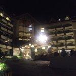 Azalea Residences Baguio Foto