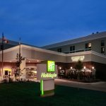 Welcome to the Holiday Inn Hotel Dubuque/Galena