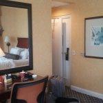 Photo de Serrano Hotel