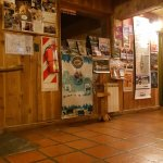 Periko's Youth Hostel Foto