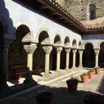 Monasterio de Sant Pere de Caserres!