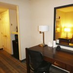 Photo de Holiday Inn Express San Francisco Airport-North