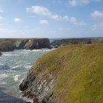 Vue des falaises du sentier côtier