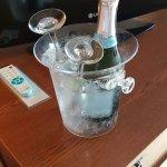 Foto de BEST WESTERN PLUS Cavalier Oceanfront Resort