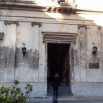 Entrada por Peru, la antigua Universidad