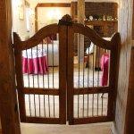 Oak lounge through vestry gates