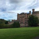 Foto de Dalhousie Castle