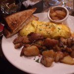 King Salmon Restaurant - the Northern Counrty Omelette with supposedly gluten/wheat free bread t