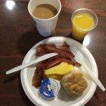 Excellent free breakfast!
