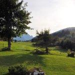 Blick vom Hotel-Garten ins Saanenland!