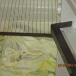 Kühlschrank mit nassen Handtüchern