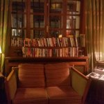 Library nook in the lobby. A large portion are in English.