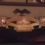 Photo de Ebenezer's Barn & Grill