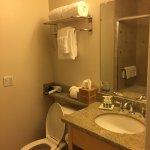 spotless clean bathroom
