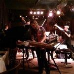 More tables, Marina Albero's band + hammered dulcimer