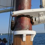 Boom attached to main mast
