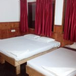 triple bed ac suite