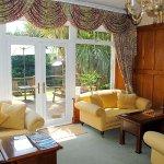 Guest Lounge to Sun Terrace & Garden