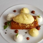 Anana rôti au Caramel & sorbet passion