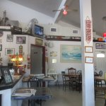 love this quaint awesome seafood shack