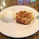 Single 8oz crab cake/ garlic mashed potatoes