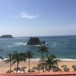 Foto de Barcelo Huatulco Beach Resort