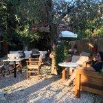 Garden Cafe-Cocktail Bar