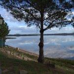 Vista desde el frente del hotel del Lago.