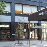 Photo of Seton Hotel