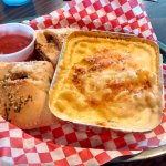 Photo de Calzone & Macaroni Co.