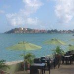 Photo de Sonesta Great Bay Beach Resort, Casino & Spa