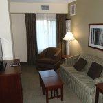 Photo de Staybridge Suites Phoenix/Glendale