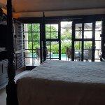 Junior Suite with plunge pool - bedroom
