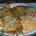 Nachos and Pork tacos...ummmm!